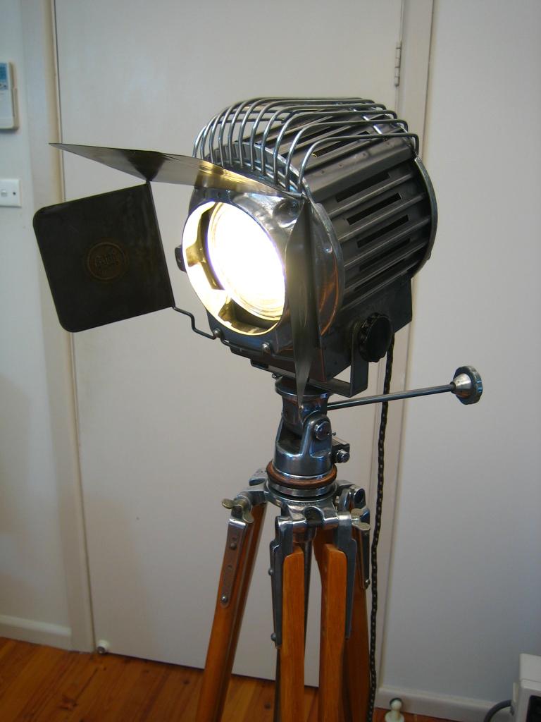 2 1960 S Usa Bantam Stage Lamp Unodesmoda