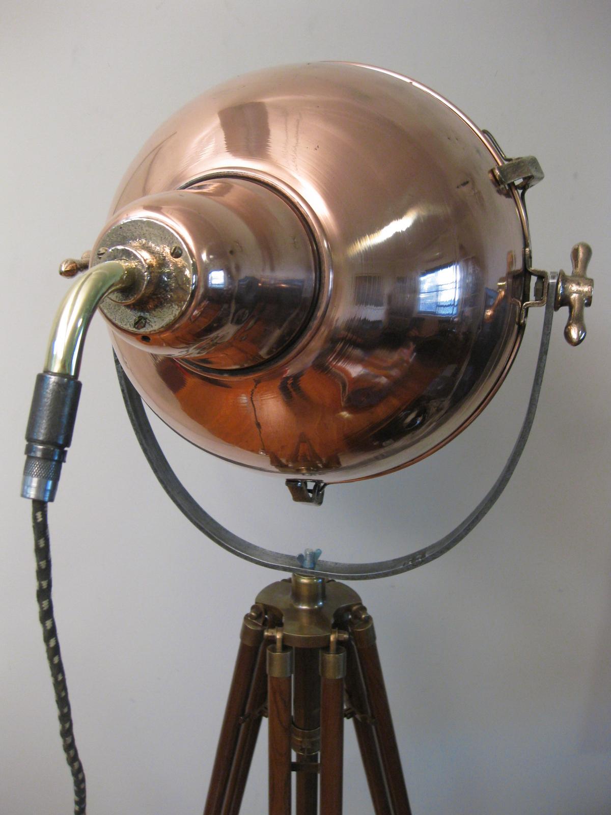 48 Original 1940 S Ww2 Copper Flood Light Unodesmoda
